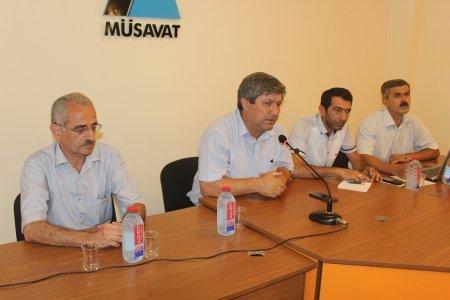 İctimaiyyət Mehman Əliyevin həbsinə görə toplandı – Müdafiə Komitəsi yaradıldı-VIDEO