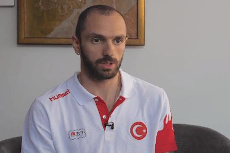 """Ramil Quliyev: """"Azərbaycanda olanda bəzi şəxslər mənə imkan vermirdi"""""""