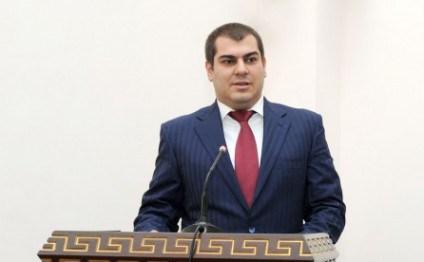 Vasif Talıbovun oğlunun şirkəti büdcə sifarişlərini müsabiqəsiz qazanır