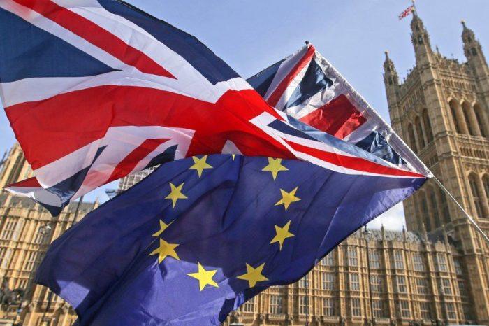 """Avropa Komissiyası """"Brexit"""" barədəsaziş layihəsini dəstəkləyib"""
