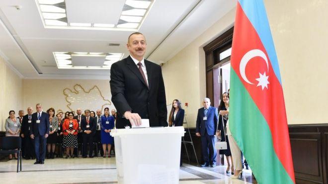 """Riçard Kozlariç: """"Azərbaycan xalqına demokratik seçim imkanı verilmədi"""""""