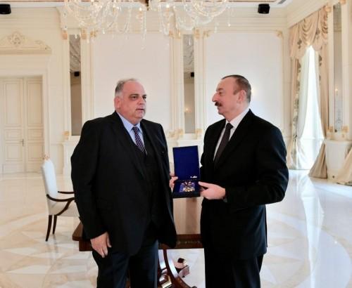 """İlham Əliyevə """"Qızıl Orden"""" mükafatı verildi"""