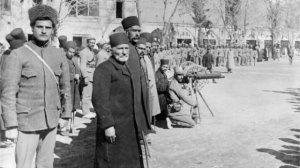 Cümhuriyyət hökumətinin İranla əlaqələri necə idi?