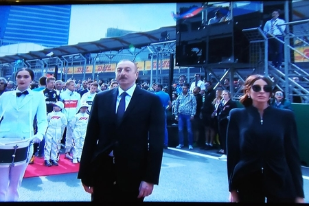Prezident İlham Əliyev Formula -1 Azərbaycan Qran-prisinin açılış mərasimində iştirak edib - FOTOLAR