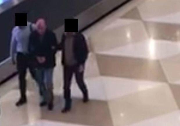 """Həbs olunan """"Quska"""" Bakı aeroportunda – FOTO"""