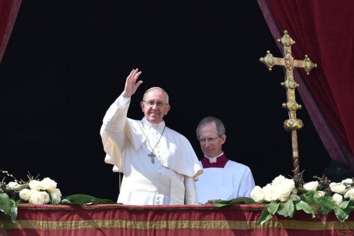 """Papa dünyanı sülhə çağırdı:""""Əzablara düçar olmuş sevimli Suriya..."""""""