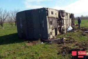 Qazaxda avtobus qəzası: 1 ölü, 12 yaralı