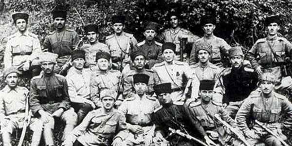 Cümhuriyyətin 350 qəhrəmanı