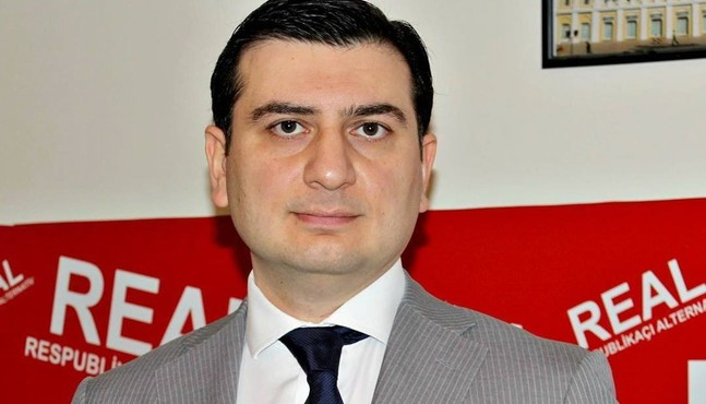 Azər Qasımlı 30 sutkalıq həbs edilib (Yenilənib) - VİDEO