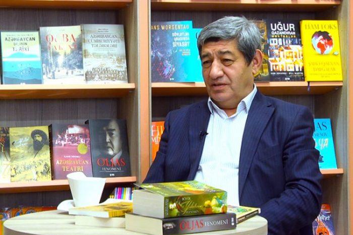 """Nizami Cəfərov:""""Dilimizdə bu qədər durğu işarəsinə ehtiyac yoxdur"""""""