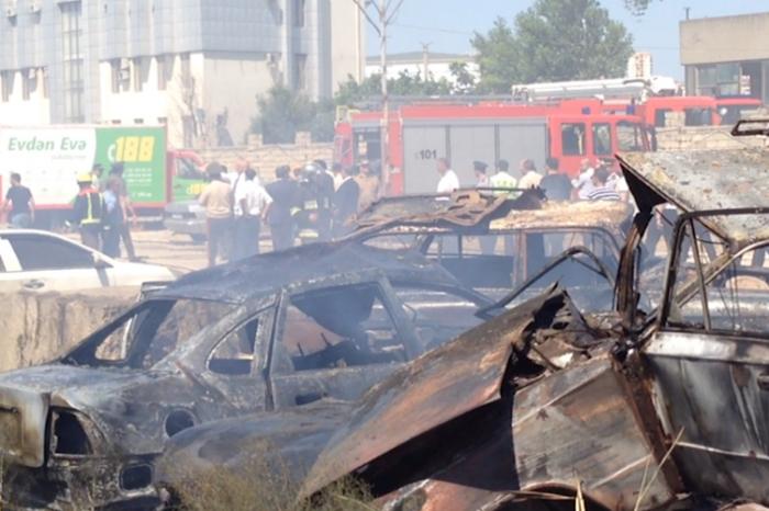 Yol Polisinin cərimə meydançasında 50-dən çox avtomobil yandı