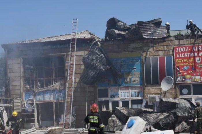 ''Taxta bazar'' yandı